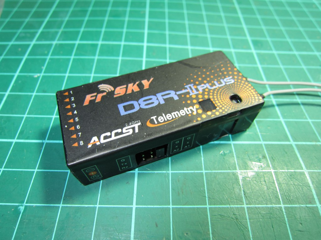 FrSky D8R-II PLUS